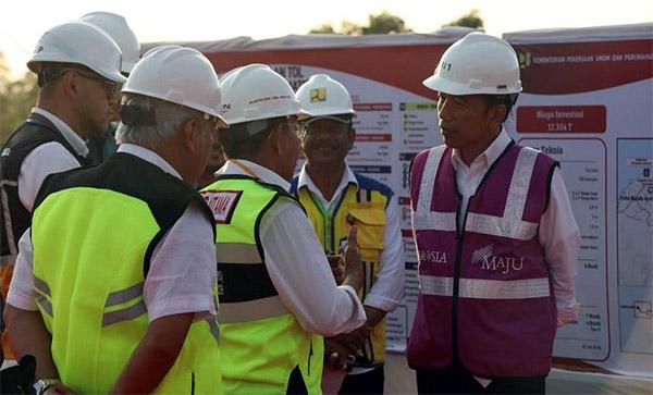Jokowi Tinjau Pembangunan Jalan Tol Sigli-Banda Aceh